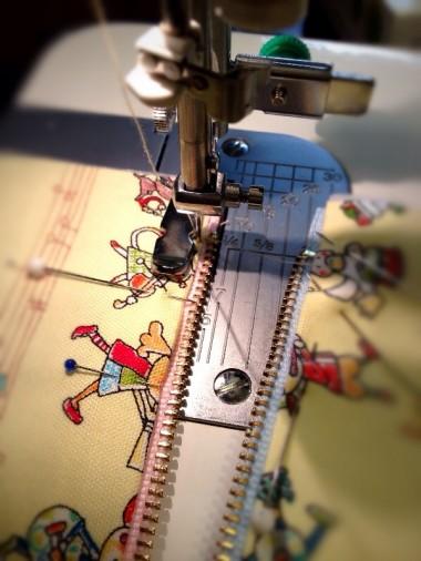 5-3.ファスナーを縫う